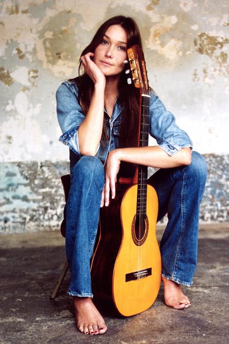 carla-bruni-2003--a