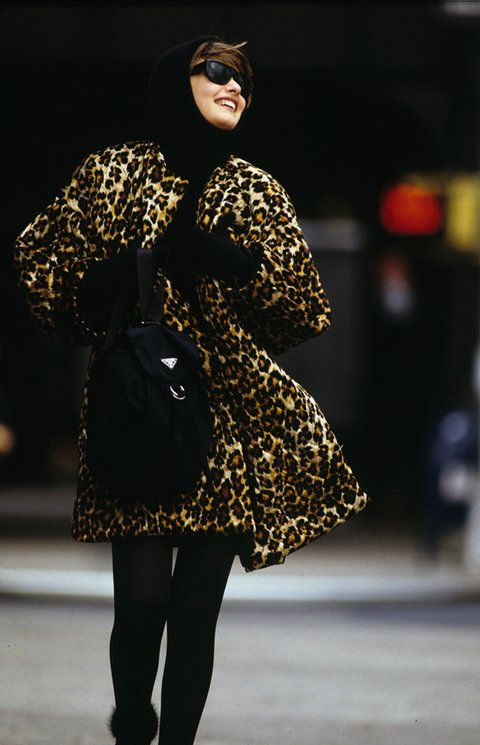 the-history-of-the-it-bag-prada-hans-feurer